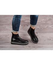 Молодежные ботинки из черной кожи на черной спортивной подошве