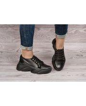 Кроссовки на черной подошве из натуральной черной кожи и замша