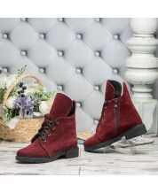 Ботинки на шнурках на низком ходу в бордовый замше