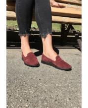 Туфли-лоферы из бордового замша