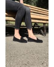 Стильные туфли-лоферы из черного замша