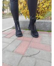 Ботиночки из черного замша с декор змейкой