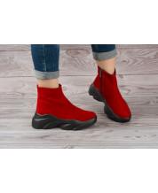 Ботиночки из красного замша на черной спортивной подошве