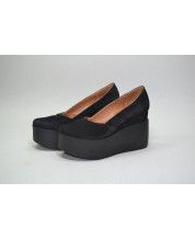 Туфли из черного замша с обтяжкой